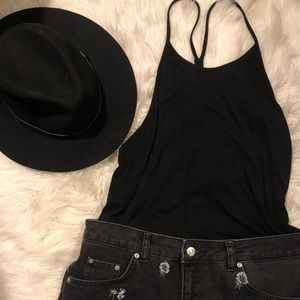 Flowy Black Tank-top, large. Great for layering!
